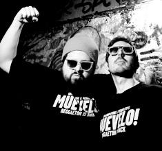 illustration de présentation de la soirée avec MUEVELO : REGGAETON IS BACK | DJ GRANDPAMINI & PEDROLITO + GUEST : DRIVER
