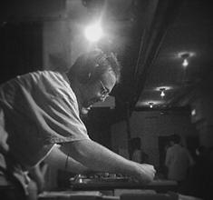 illustration de présentation de la soirée avec Aurelio Lost Grooves + Baerlz